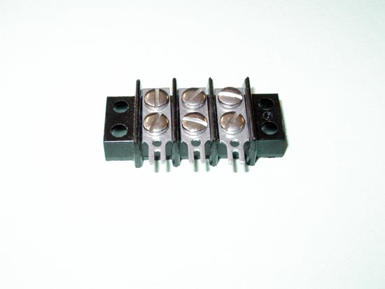 3 Position Barrier Terminal Block - Cinch 3-140-3/4W