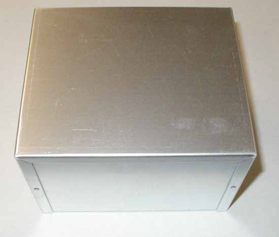 "Aluminum Clam Shell Style Project Box, 6""W x 5""D x 4""T"