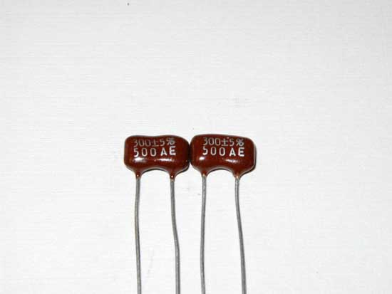 300pF 500VDC Silver Mica Capacitor 2 Pack