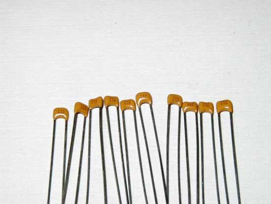 NOS Qty 10 Capacitor Ceramic Disc 100pF 10/% 1000V 1KV MIAL NPO
